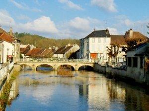 Essoyes river