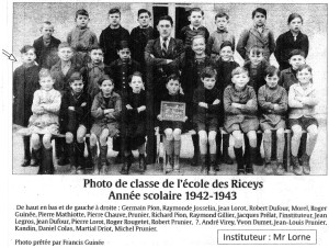 0) - img082 — PHOTO de CLASSE 1942-43