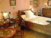 Mme. Renoir's bedroom