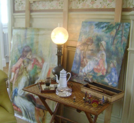 La Maison Renoir, a corner of the living room