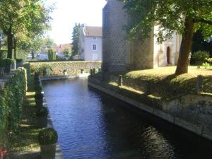Moat, Chateau de Montigny de l'Aube