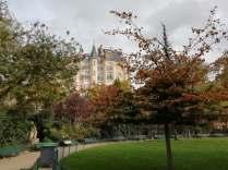 Square du Temple in Autumn